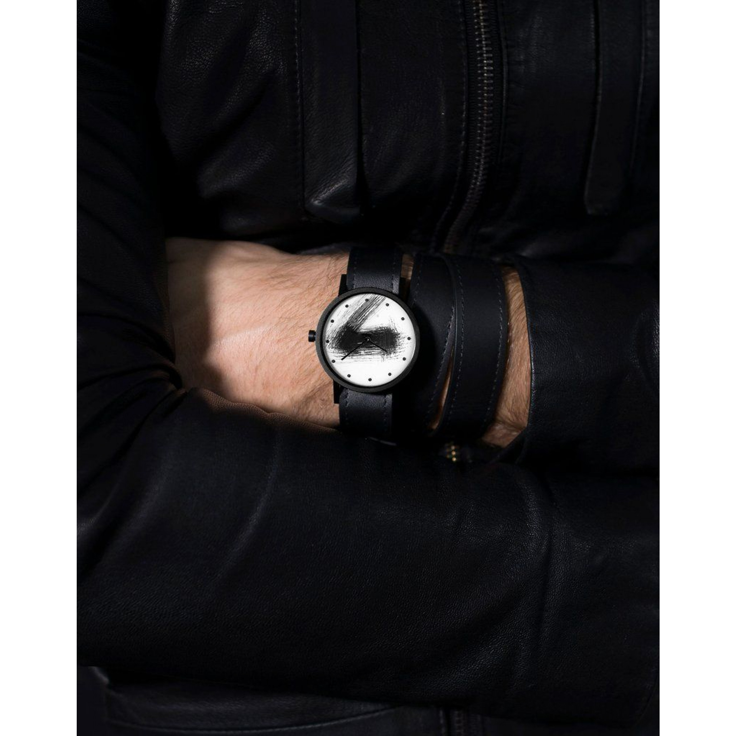 Avant Silent Triple Watch   Black