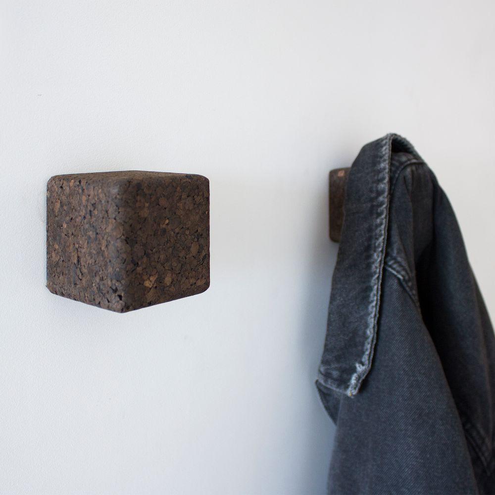 Wall Hook Pega   Dark Cork