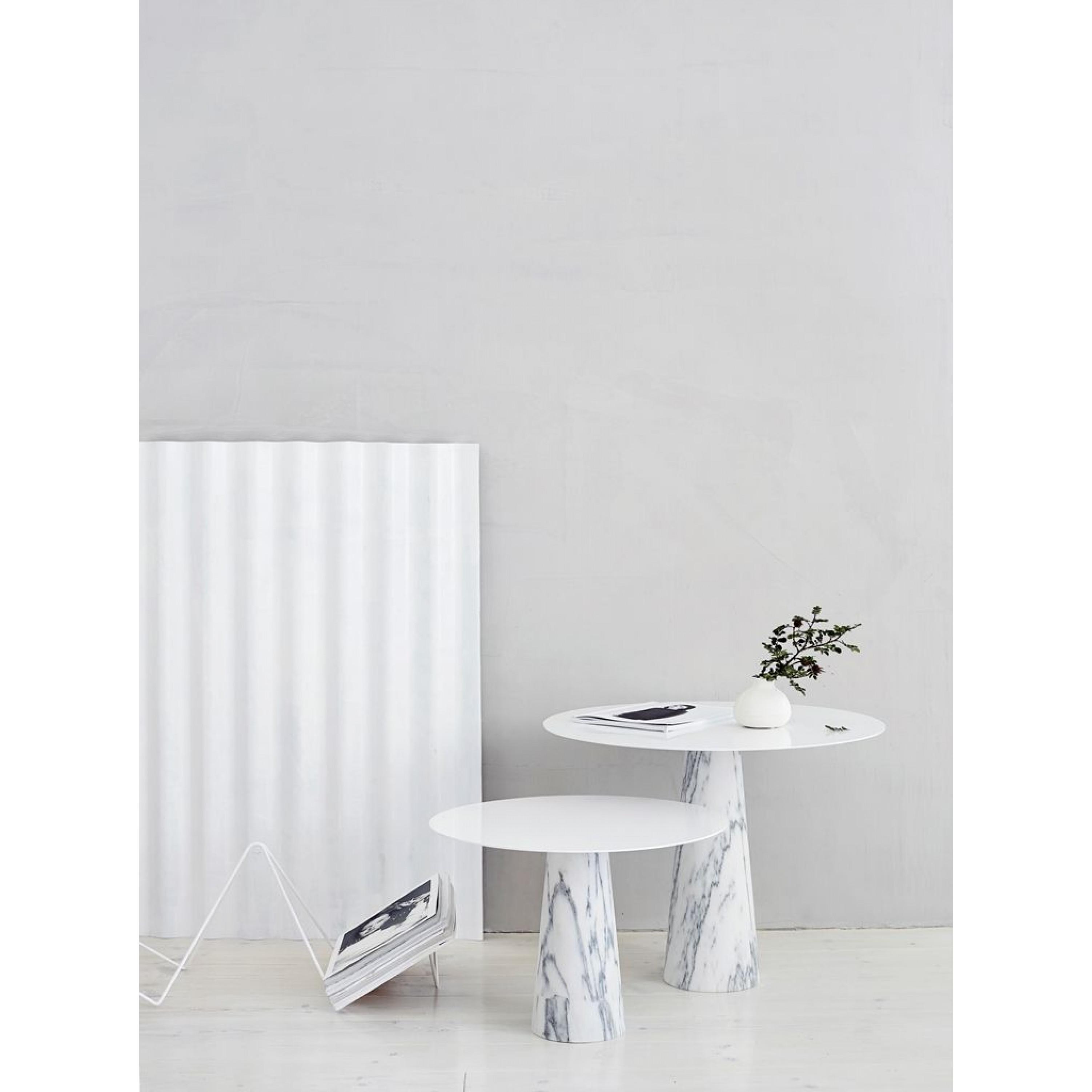Kamen Table   Small