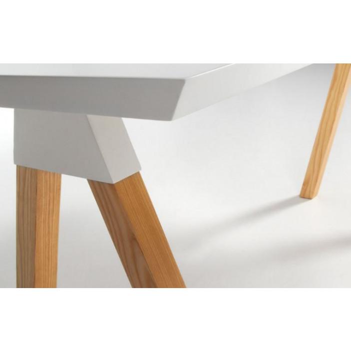 Stick-Tisch