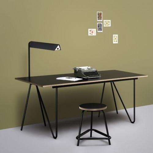 T 22 Schreibtisch | Schwarz