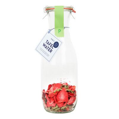 DIY Tafelwasser   Erdbeere & Eisenkraut