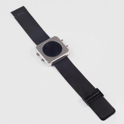 Circa Watch | Mesh, Silver Case, Black