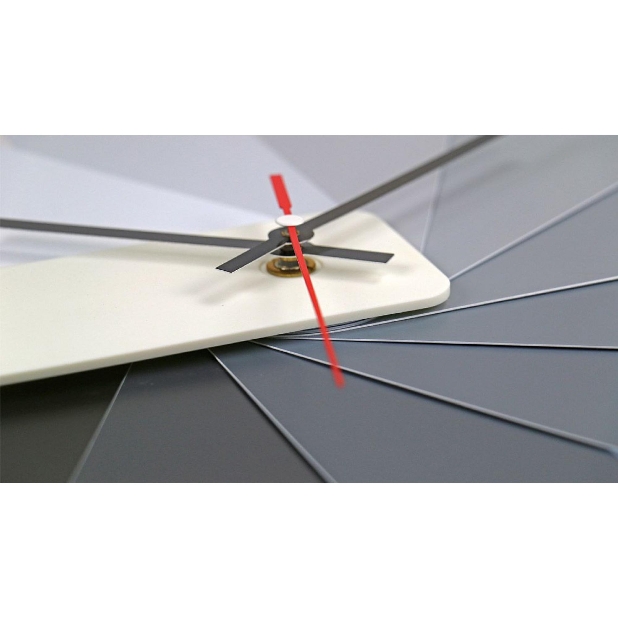 Desk/Wall Foldable Analog Clock Transformer   White & Monochrome