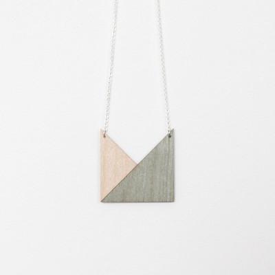 Snug. geometric Triangle   Mint