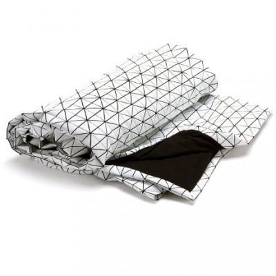Geometrischer Origami-Wurf | Weiß / Schwarz