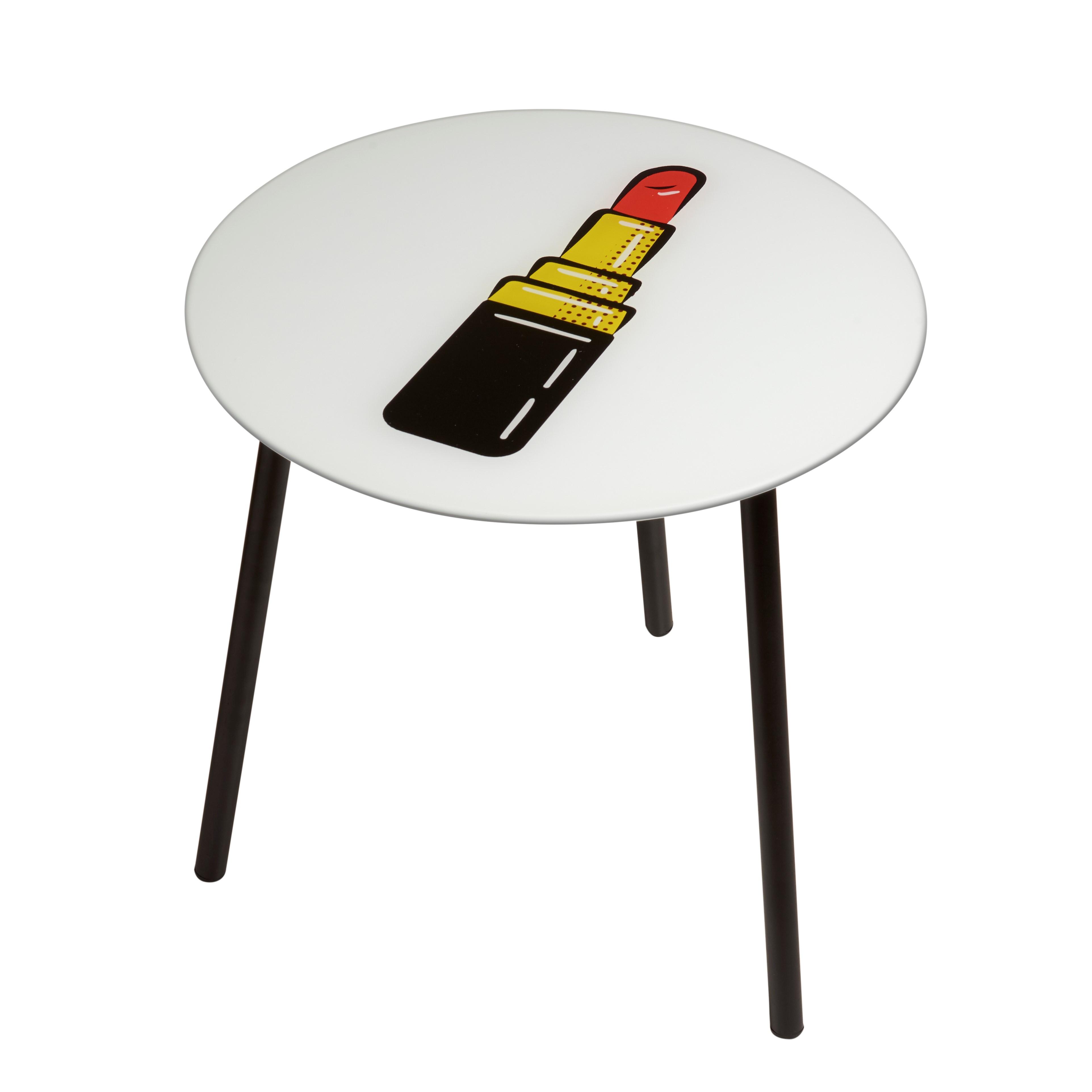 Coffee Table Poppy | Lipstick
