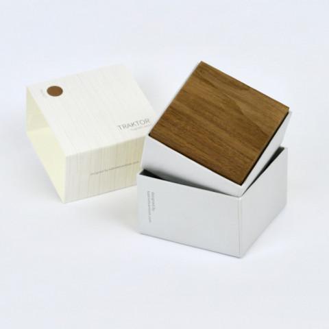 Magnetische Holzwürfel TRAKTOR   Walnuss