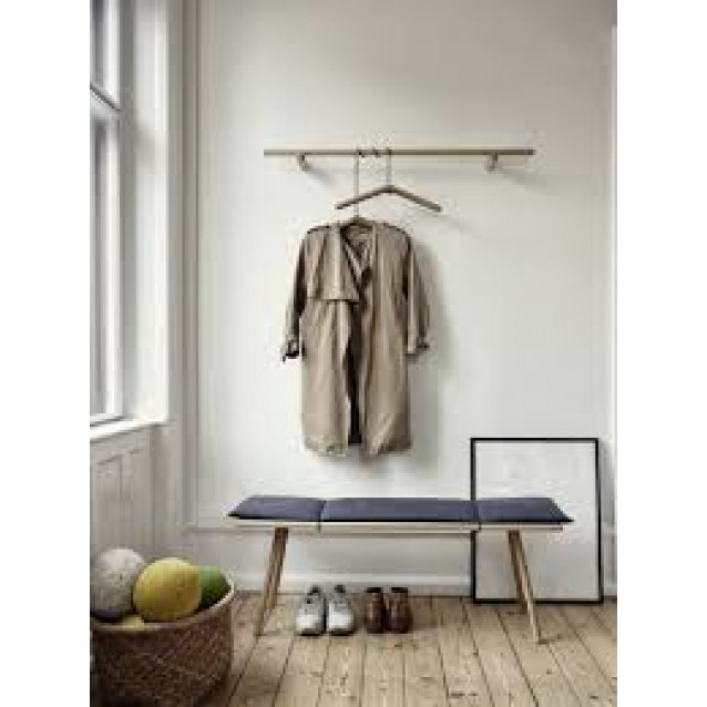 Georg Hangers With Leather