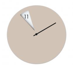 Freakish Clock Beige