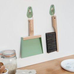 Set Handbesen & Kehrschaufel & 2 Wandhaken | Mr. & Mrs Clynk | Grün