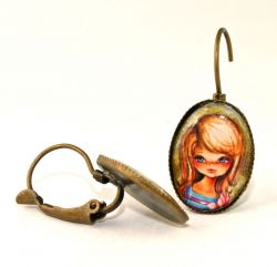 Vintage Girl Earhooks