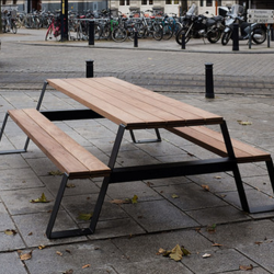 Fuse Picnic Table | Black