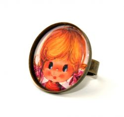 Vintage Pigtail Girl Round Cameo Ring