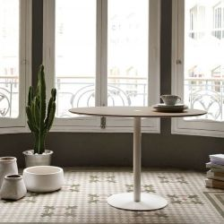 Núcleo Table | White Frame Ø 110 cm