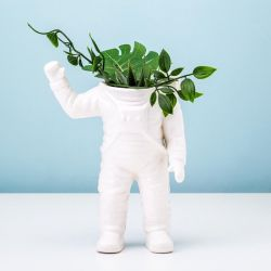 Planter Waving Astronaut Large