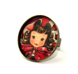 Little Red Girl Round Cameo Ring
