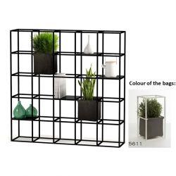 Modulares Pflanzengestell 5 x 5 Schwarz + 2 Dunkelgraue Taschen
