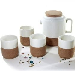 Set van 4 thee/koffietassen met theepot