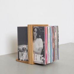 Vinyl-Regal b-Seite
