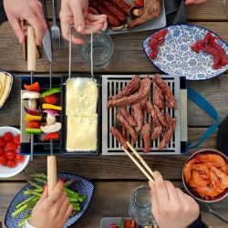 Tisch Barbecue Holzkohle & Wasser Yaki | Blau