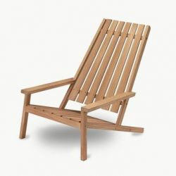 Outdoor Deck Chair Between Lines