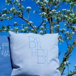 Cushion Bonheur