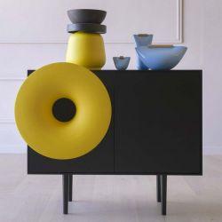 Cabinet Sound System | Schwarz und Gelb