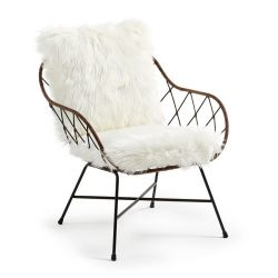 Lounge Chair | Rattan & Fluffy Cushion