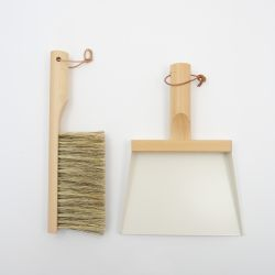 Set of Hand Brush & Dustpan | Mr & Mrs Clynk | White