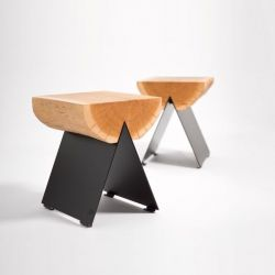 1/2 Stool | Natural Oak - Black