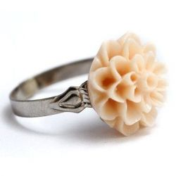 Dahlia Flower Ring Apricot