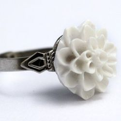 Dahlia Flower Ring White