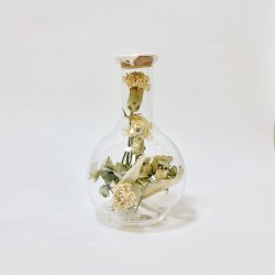 Round Belly Flask with Dried Flowers Large | Sperare White