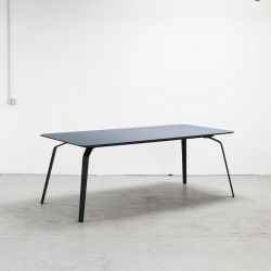 Table Float | Jeans Blue Linoleum