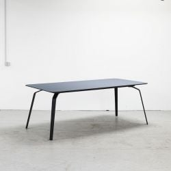 Table Float | Bleu Jeans Linoléum