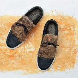 Shoe Fringes | Furry Brown