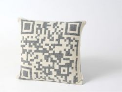 Bar-code 2D Cushion Grey