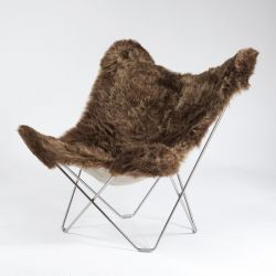Butterfly Chair Icelandic Sheepskin | Short Brown / Chrome Frame