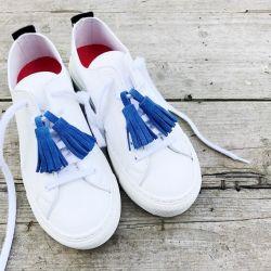 Blue Pompons