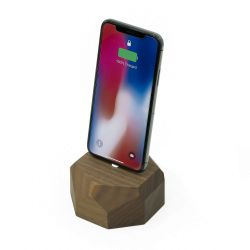 iPhone Dock Polygonal | Noyer