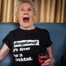 T-shirt | Woman | It's Time For A Cocktail