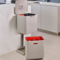 Intelligent Waste Bin Totem 60L | Off White / Red