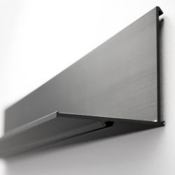 Shelf Latitude 300 | Black Anodised Aluminium
