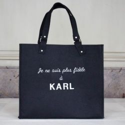 Plus fidèle à Karl | Black