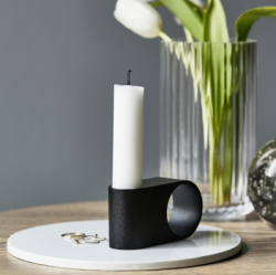 Munus Candle Holder | Black