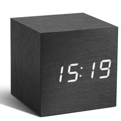 Réveil Cube Click Clock | Noir & /Blanc