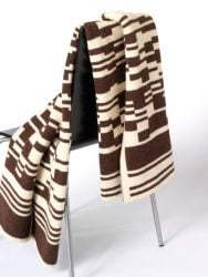 Bar-code 2D Blanket Dark Brown