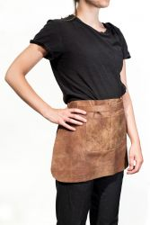 Short Waist Apron Belmondo | Saddle Brown