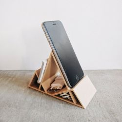 Wooden Smartphone Stand Montagne